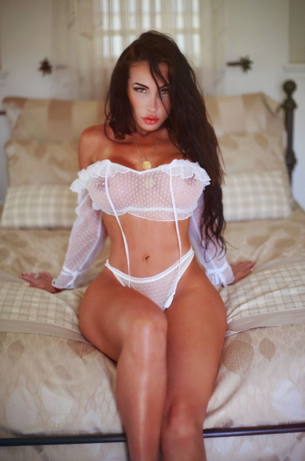 Free nudes of Aria London onlyfans leaked