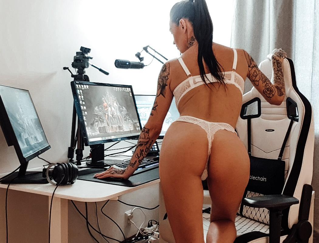 @bruce_laine