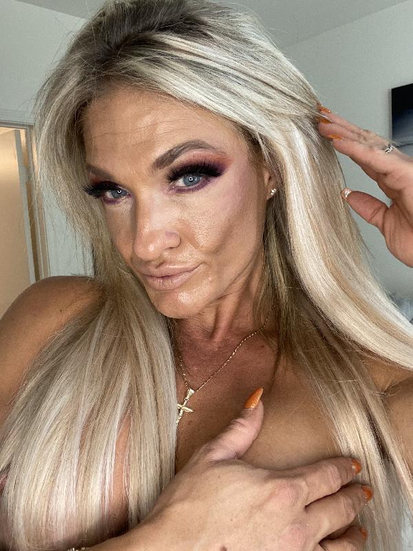 @christina_lee_fitness