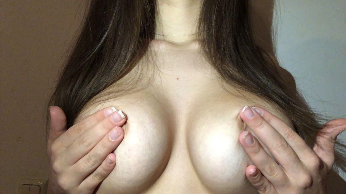 @hotgirl_playz