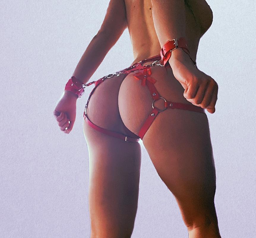 @kinky_mistress2021