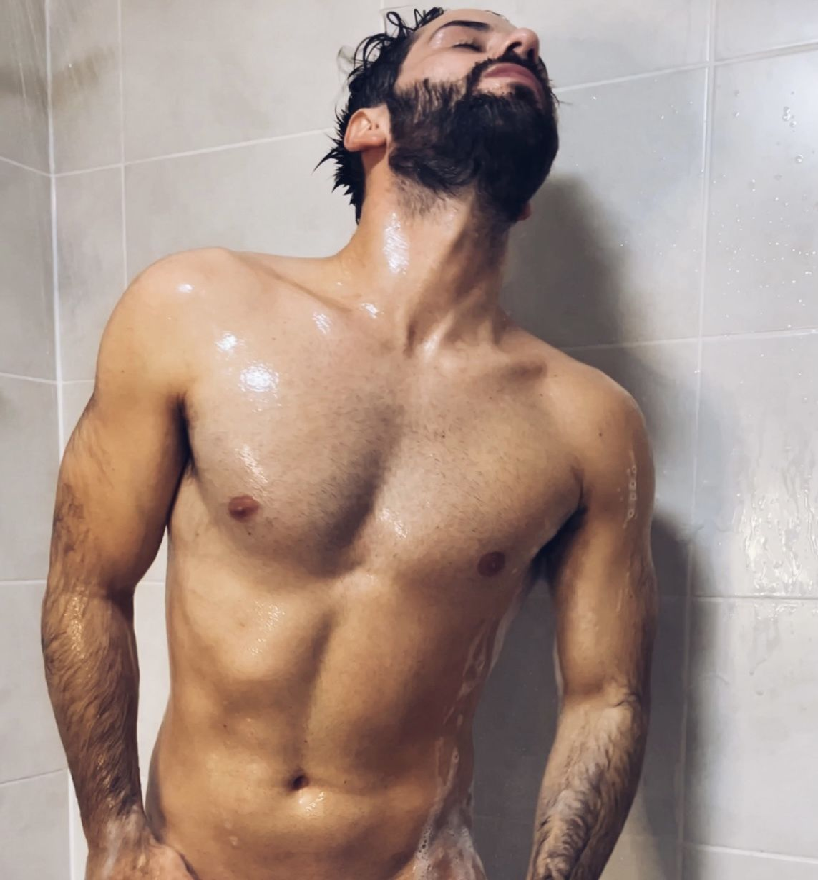 Free nudes of Leonardolo onlyfans leaked
