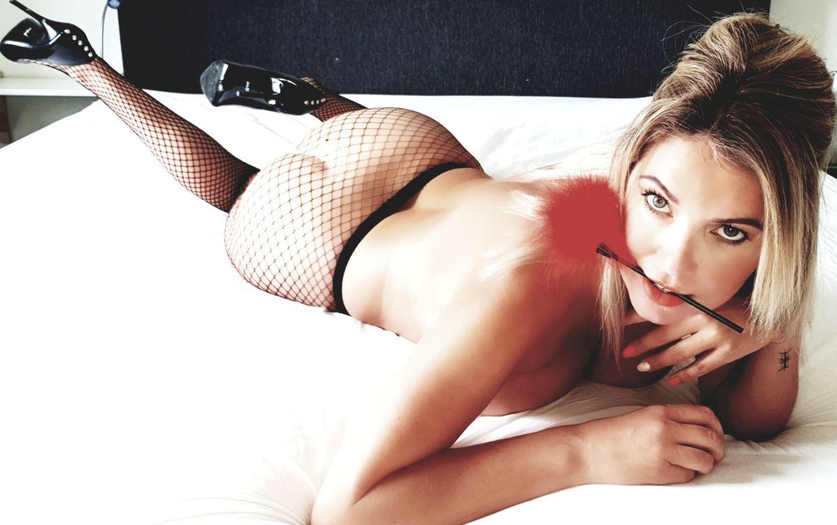 Free nudes of Nina Lee Erotic VIP onlyfans leaked