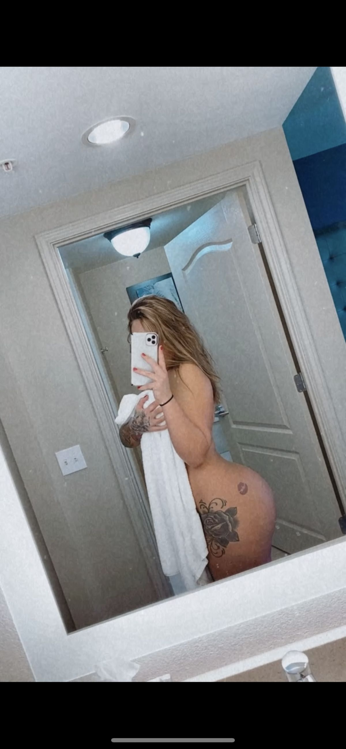 Free nudes of Spontaneous Beauty onlyfans leaked