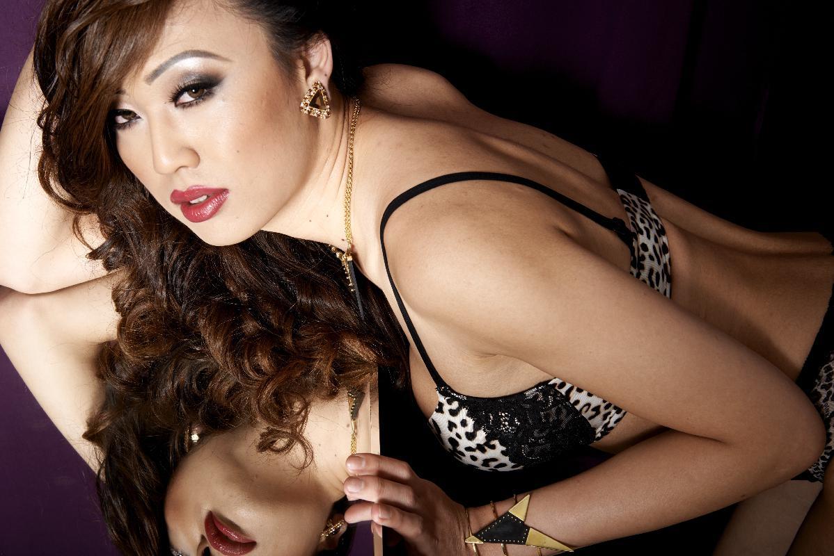 Venus Lux photos